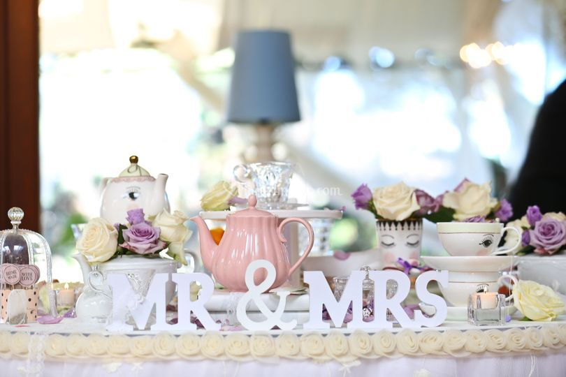La tea table