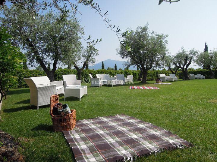 Il giardino di ristorante due colombe al borgo antico - Ristorante borgo antico cucine da incubo ...