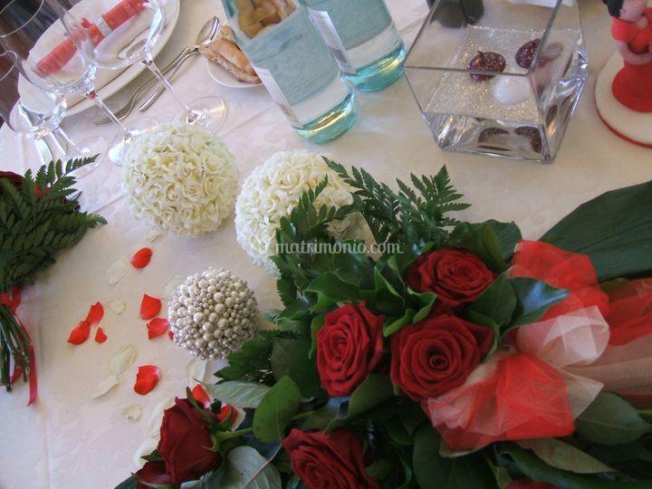 Centrotavola matrimonio in rosso