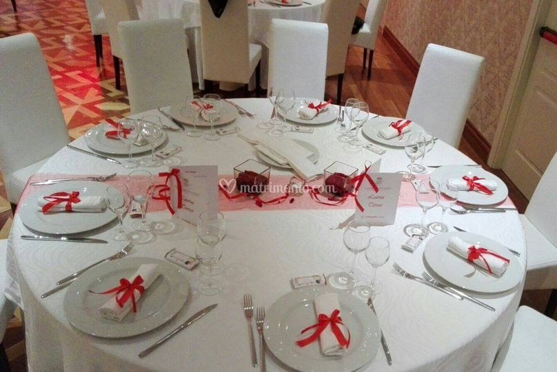 Allestimento in red