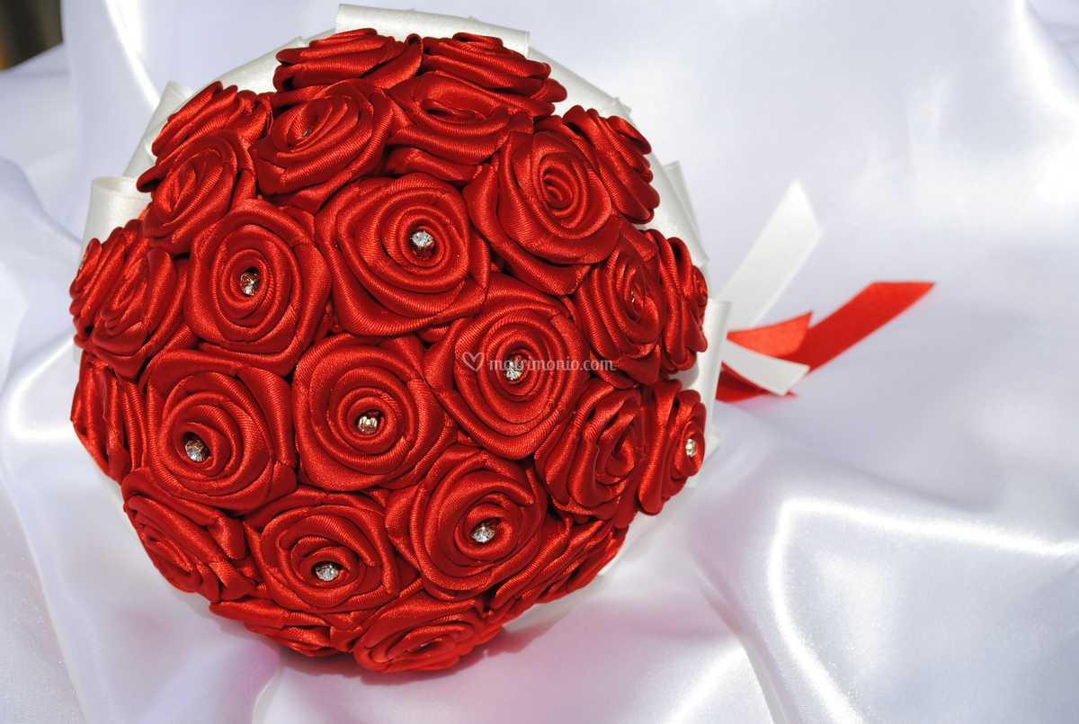Bouquet Sposa Origami.Bouquet Sposa Di Rose Per Cerimonie Fotos
