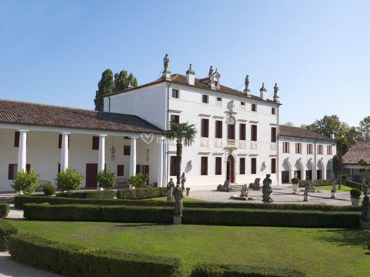 Villa Canal