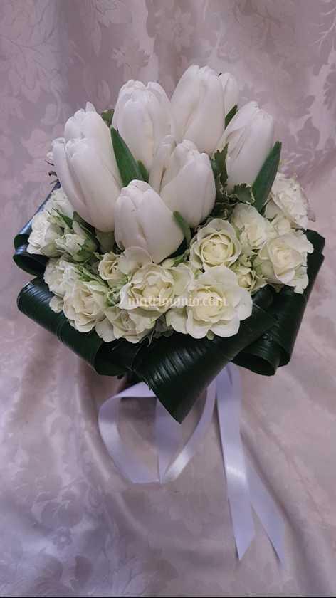 Tulipani Bouquet Sposa.Bouquet Rose E Tulipani Di I Fiori Di Luna Foto 125