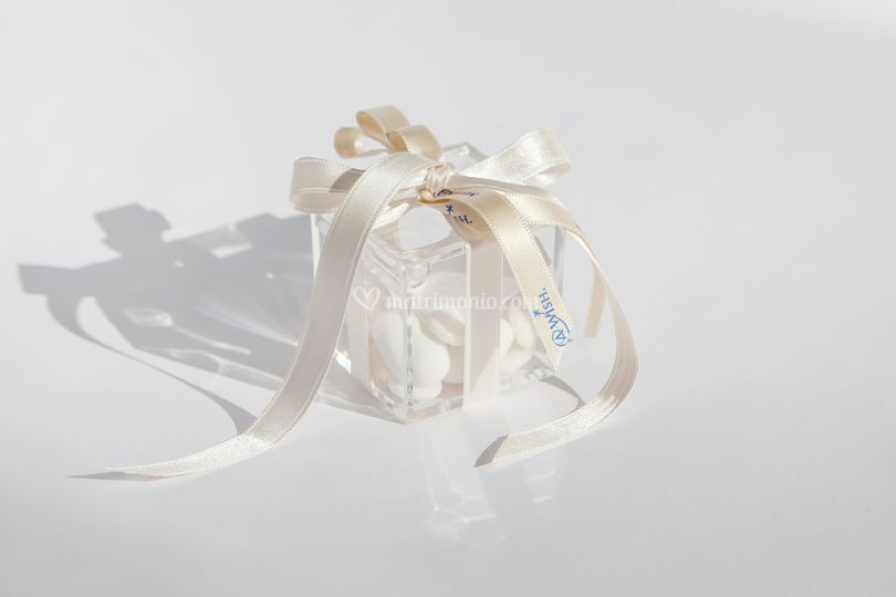Scatolina Plexiglass e nastro