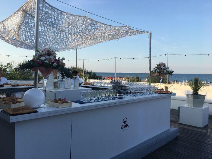 Buffet aperitivo su terrazz