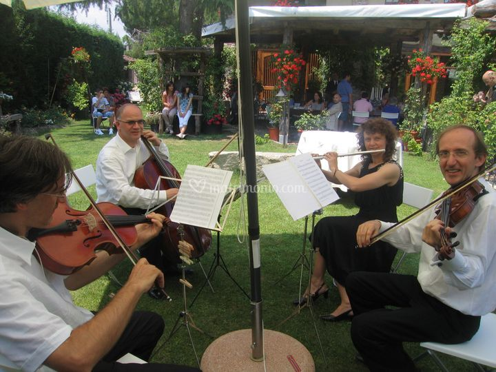 Relax musicale in giardino