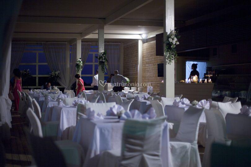 Matrimonio In Spiaggia Ugento : Matrimonio al mare idee di stile per foto di matrimonio al