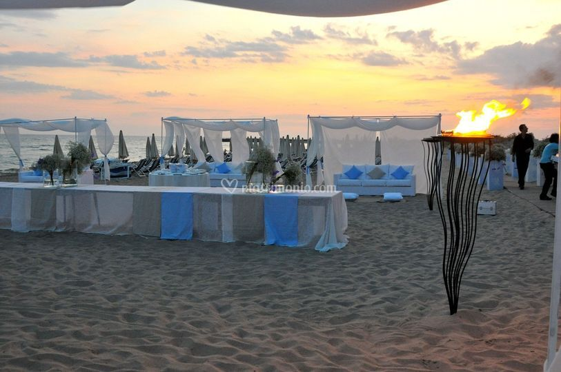 Matrimonio In Spiaggia Taranto : Matrimonio in spiaggia di costa del salento village foto