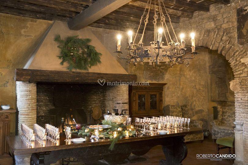 Taverna inverno con camino