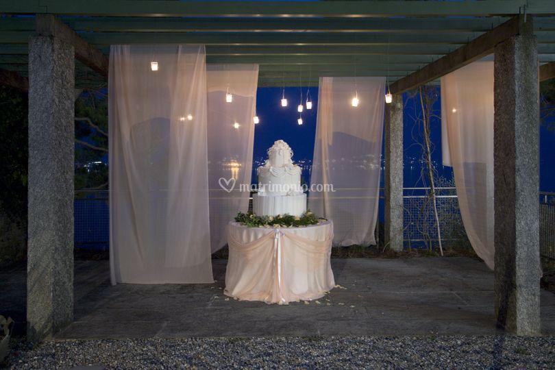 Europarty Wedding Cake