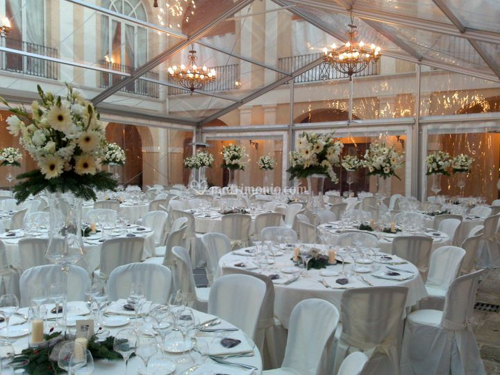 Matrimonio In Tensostruttura : Tensostruttura kristall di nolo catering equipment srl foto