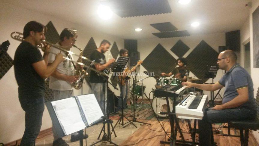 Max full band sala prove