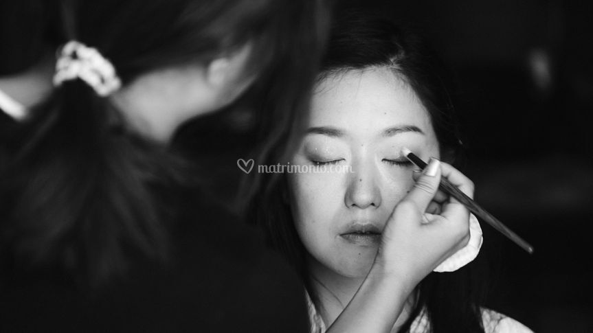 Getting ready | Make up