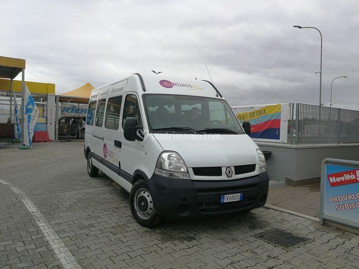Euroads Bus