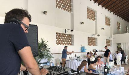 Party DJ 1