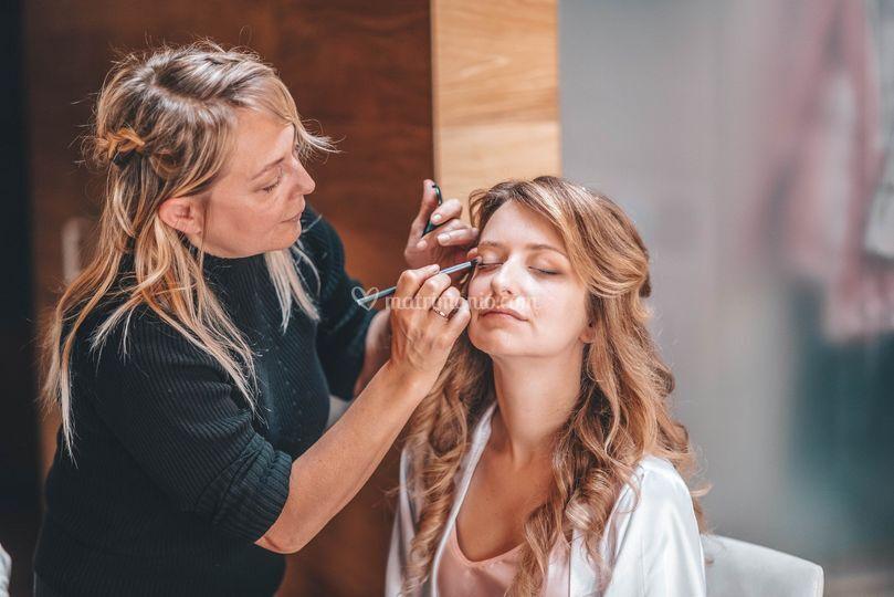 Elenas Lima Hairstyle Makeup