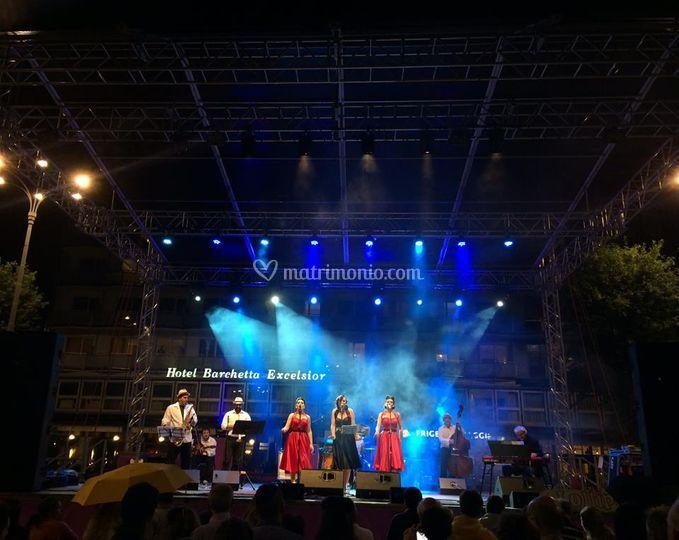 Live in Como - Piazza Cavour
