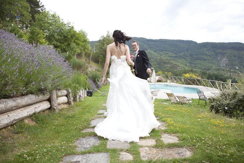Sposa e Lavanda in piscina