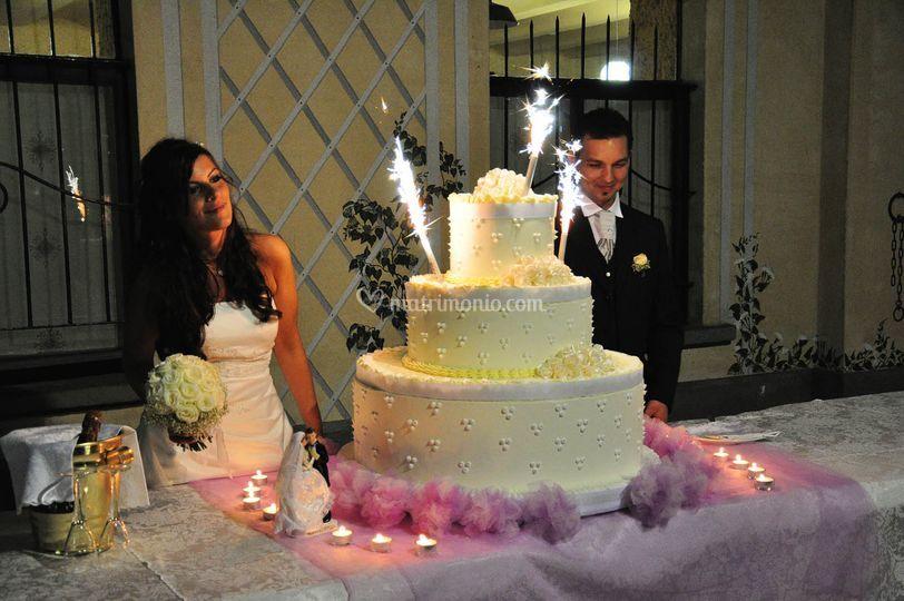 Wedding Cake sotto il porticato