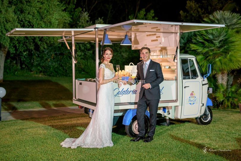 Pina Gel on the road wedding