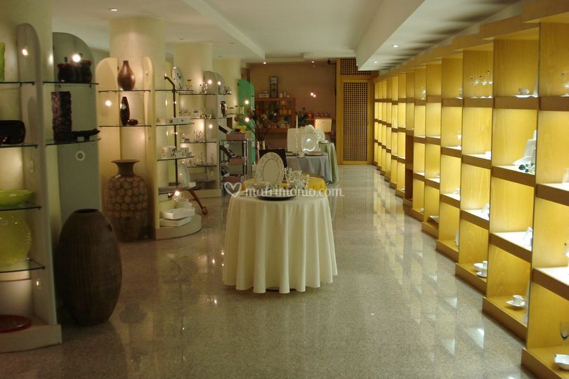 Casalinghi Thun Catalogo : Sposi thun di casalinghi villa foto