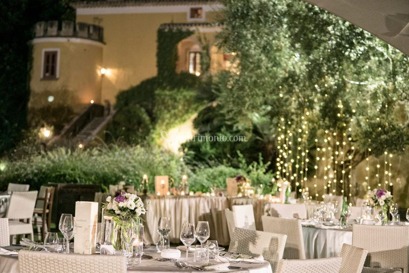 Cena nei giardini del Castello