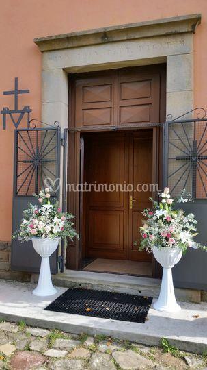 Eseterno Chiesa su Anfore