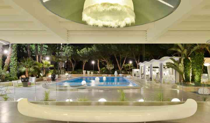 Outdoor pool garden