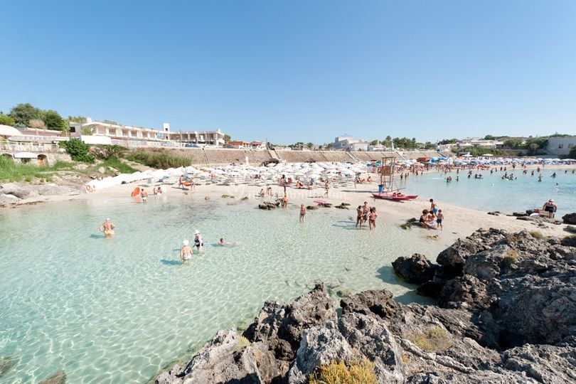 Matrimonio In Spiaggia Taranto : Spiaggia privata di gabbiano hotel foto