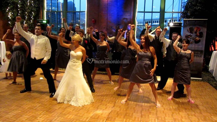 Flash mob al matrimonio!