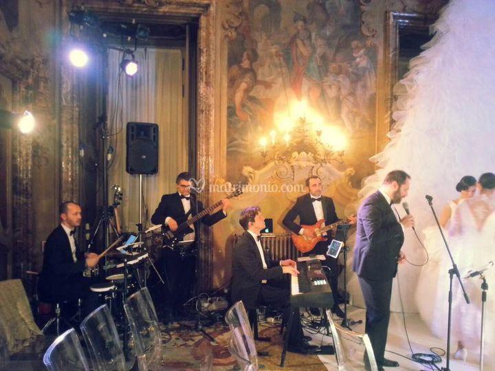 Live @ palazzo visconti (mi)