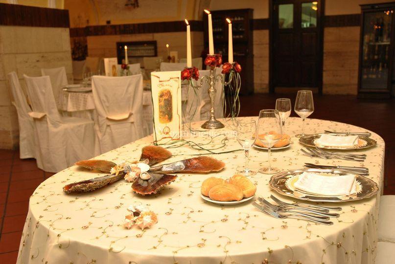 Tavolo degli sposi  Krataiis