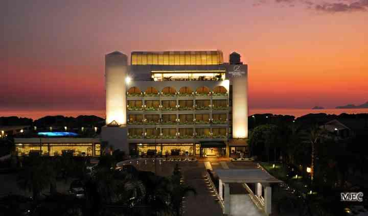 Mec Paestum Hotel*****