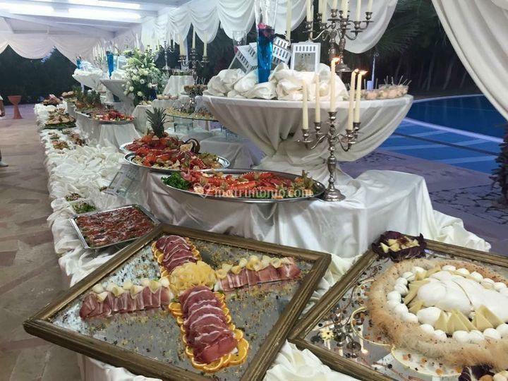 Gran buffet di antipasti