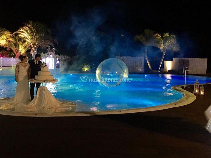 Palla galleggiante in piscina
