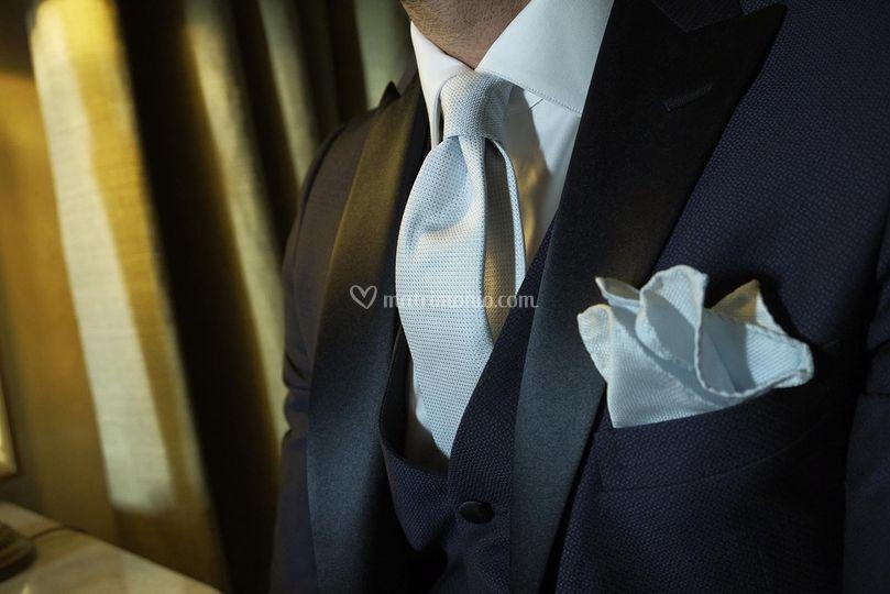 Rever a lancia e cravatta seta