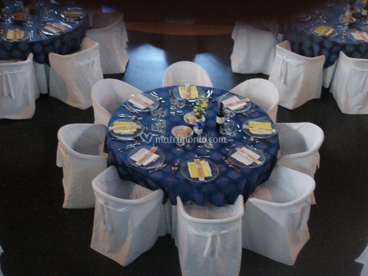 Tavolo matrimoniale  blu