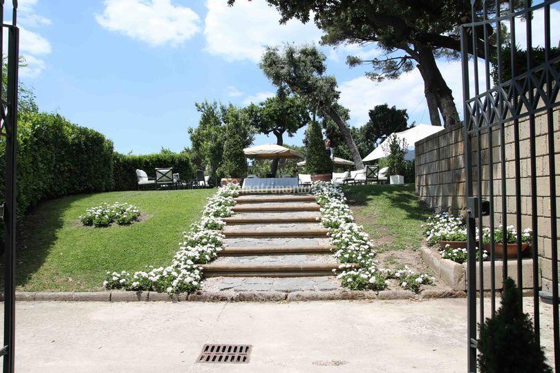Villa avellino for Decorazione giardino matrimonio