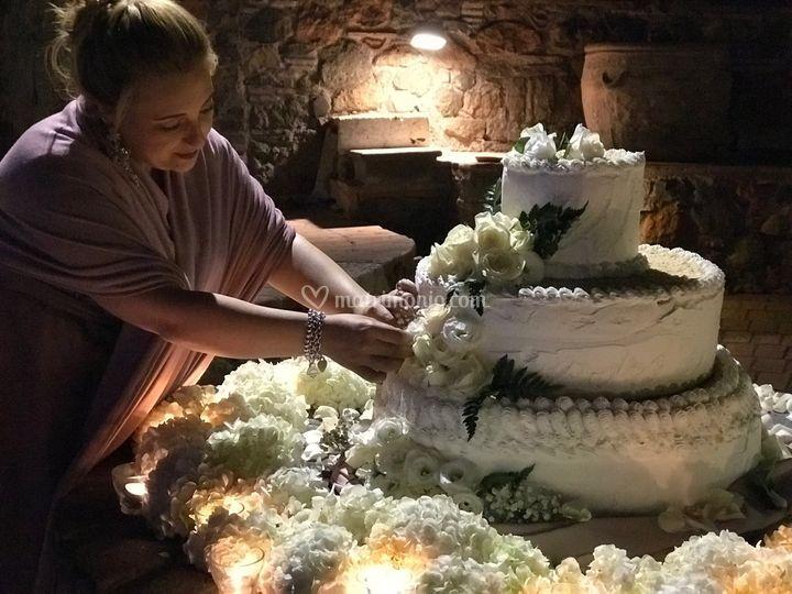 Preparzione wedding cake
