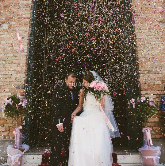 Coriandoli per gli sposi