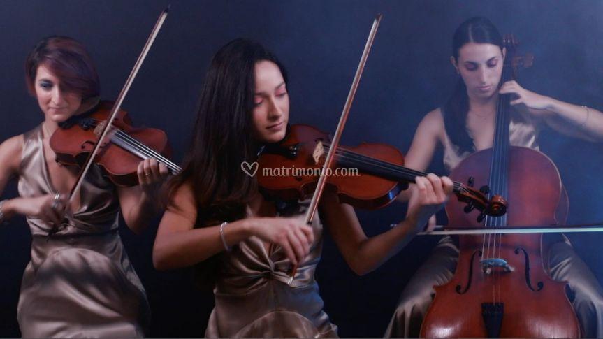 Staff classica, trio d'archi