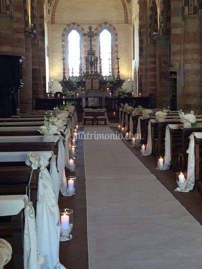 Fiori,candele,passatoia