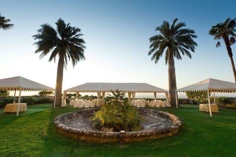 Park hotel villa grazioli - Allestimento giardino ...