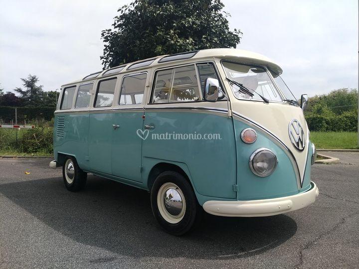 Volkswagen T1 celeste Samba