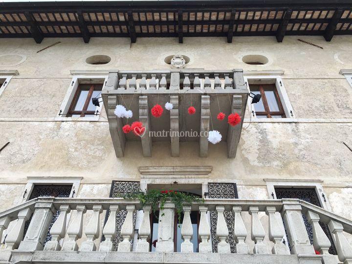 Castello in rosso e bianco