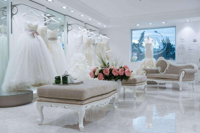 Pubblicazioni Matrimonio Olevano Romano : Centro moda mampieri