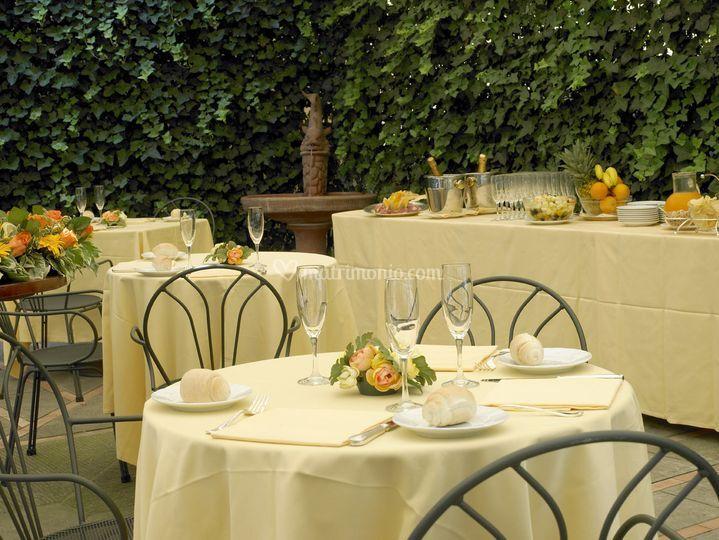 Grand hotel adriatico for Giardino orticoltura firenze aperitivo
