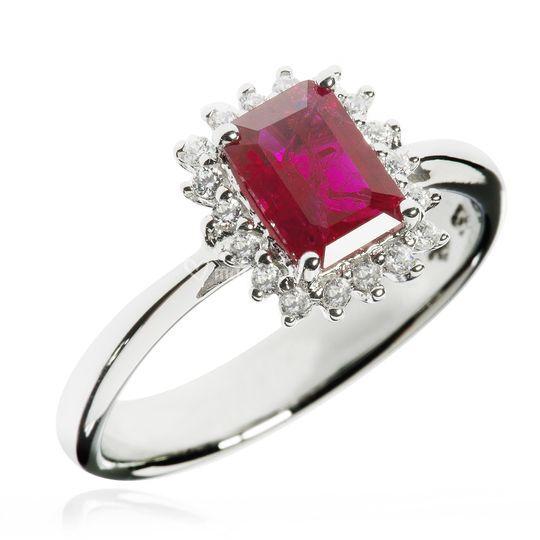 Oro rubino diamanti