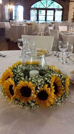 Centrotavola Con Girasoli Matrimonio : Centrotavola con girasoli di infiniti eventi foto