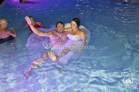 Sposi bagnati sposi fortunati